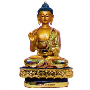 BEAUTIFUL GOLDEN BUDDHA STATUE